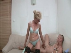 Mother wife Sex Susan Lee - Hot and Natural