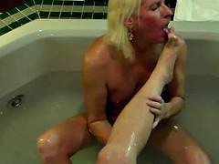 Sissy worship Mistress's feet & Foot Job