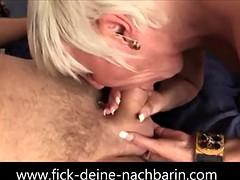 German Milf wird im Schlafzimmer gefickt