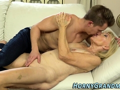 Blonde, Tir de sperme, Mamie, Hard, Hd