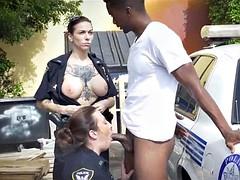 Police Suck suspect in back alley