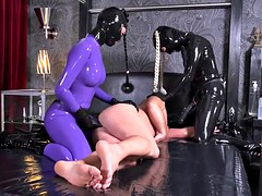 latex pegging