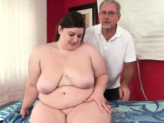 Hot fatty Sapphire Rose gets a sex massage