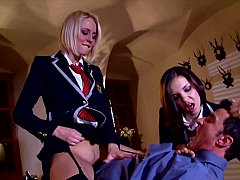 Slutty girlfriend waging an extremely erotic revenge