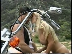 Outdoor biker bang