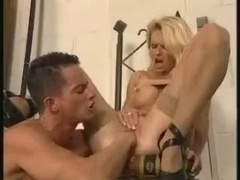 roadside-fuck-for-german-milf-nicoletta-blue