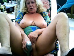 Mature woman masturbates on webcam