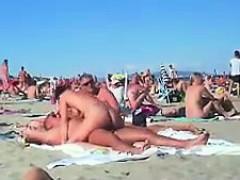 Playa, Mamada, Morena, Pezones, Al aire libre, Público, Realidad, Voyeur