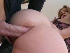 Butt fucked cutie Sierra Sanders love being stretched out