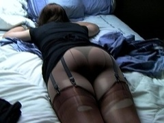 elisabeth tall tranny on bed