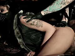 masked and extremely horny goth hoe mai bailey rocks my world