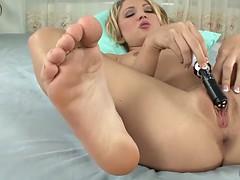 erotic feet - dakota skye masturbation