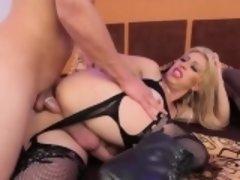 Barefaced shemale slut experiences hardcore arse pounding