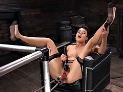 long legged nympho lilith luxe double penetrated