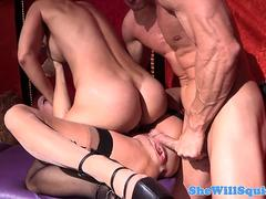 Babe squirts over audience before threesome