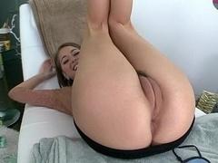Riley Reid's camel toe twat