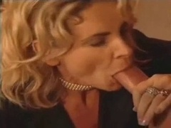 italian mom i`d like to fuck blows purple rod for facial