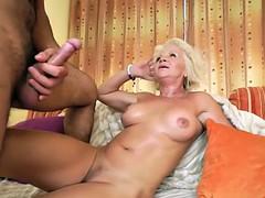 Grosser schwanz, Blondine, Oma, Hardcore, Hd, Reiten