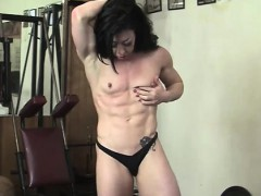 Bodybuilder Carmin Blue and her Big Clit