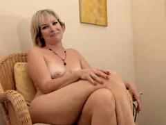 Realy sexy mature Stefanie from 1fuckdatecom
