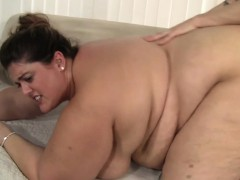 Belle grosse femme bgf, Sucer une bite, Brunette brune, En levrette, Fétiche, Hd