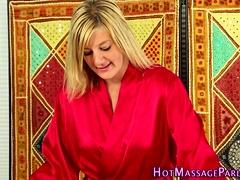 Stunning masseuse sucks