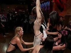 Linda, Fetiche, Flexible, Grupo, Humillación, Inocente, Público, Atada