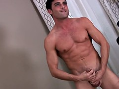 Solo big piece lance hard his cock jerking