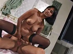 Indian slut fucked on cam and finishes the camera too!