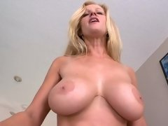 Fake tits blonde with amazing body went crazy when she saw the D