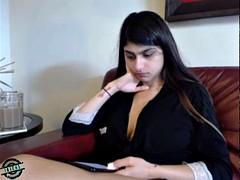 [watching] 0.0 mia khalifa
