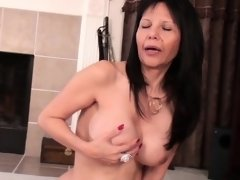 Mature american mommy mommy has so Becky from dates25com