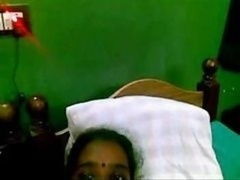 Indian Tamil maid muff fingered by owner she dont like