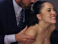 Anal, Attrapée, Double pénétration, Partouze, Interracial, Fête, Actrice du porno, Épouse