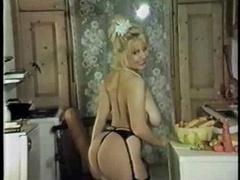 Louise Leeds - kitchen strip