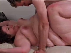 ssbbw gets fucked and squirts