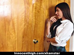 Brunette brune, Collège université, Adolescente, Plan cul à trois