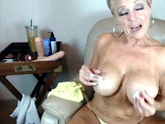 thick jugged GILF looking for a firm cocks