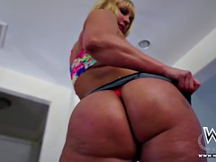 Gros pénis noir pornhub