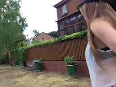 PORNXN Samantha Bentley Pissing in Public